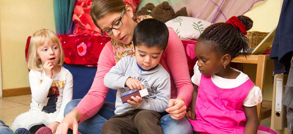 vielfalt und inklusion im kindergarten kindergarten heute. Black Bedroom Furniture Sets. Home Design Ideas