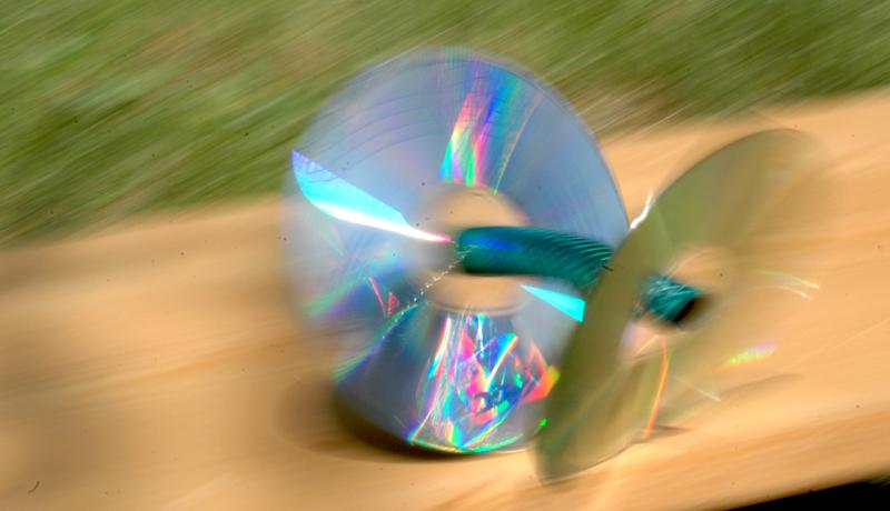 Basteln mit gebrauchten CDs: Das verrückte Zwei-Rad 4