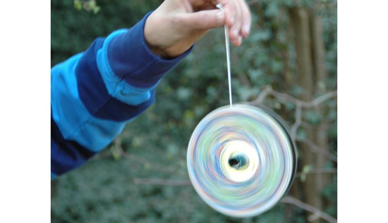 Basteln mit Recyclingmaterial: CD-Jo-Jo 2