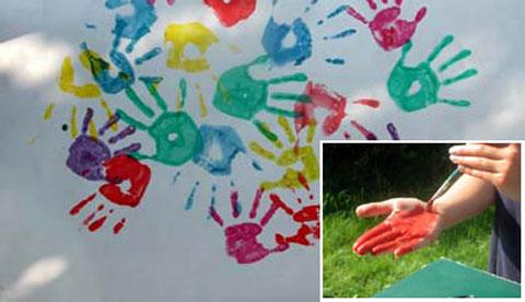 Drucken mit Hand und Fuß: Farbenfrohe Abdrücke 2
