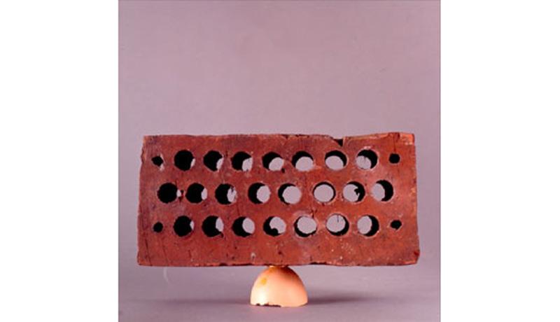 Eierschalen im Belastungstest: Das Kraft-Ei 3