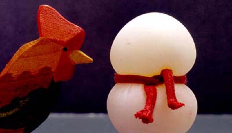 essig-macht-eier-elastisch-gummi-ei