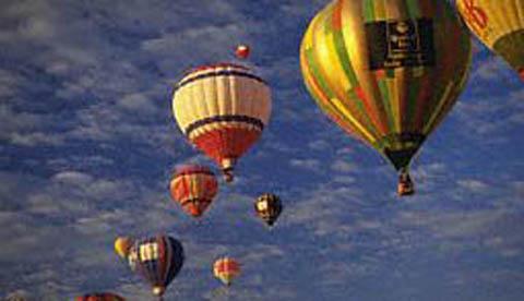 Heißluftballon aus einem Müllsack: Heiße Luft im Beutel