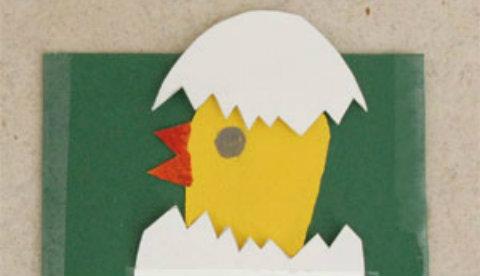 Karte mit Überraschung: Das Küken aus dem Ei