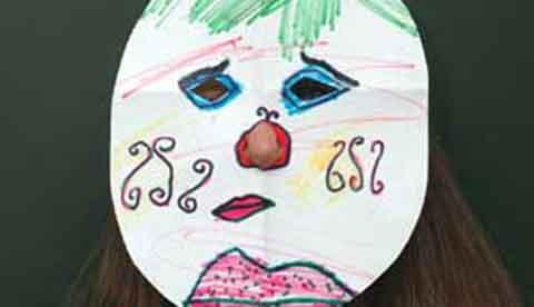 Masken aus Papier: Die schnellste Verkleidung der Welt 4