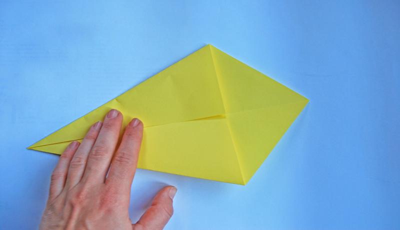 Oster-Origami: Putziger Papierhase, Schritt 2