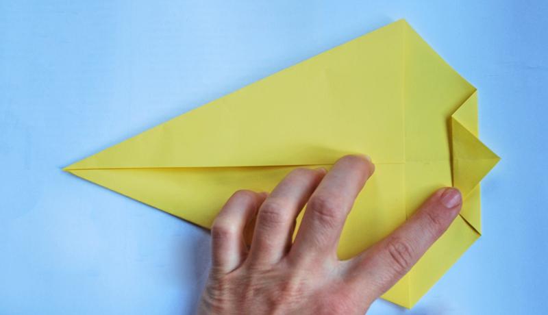 Oster-Origami: Putziger Papierhase, Schritt 4