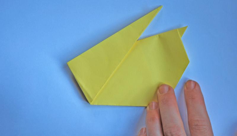 Oster-Origami: Putziger Papierhase, Schritt 7