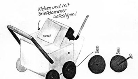 puppenwagen-aus-schuhkarton-und-kuechenrolle-spazierfahrt-mit-puppe