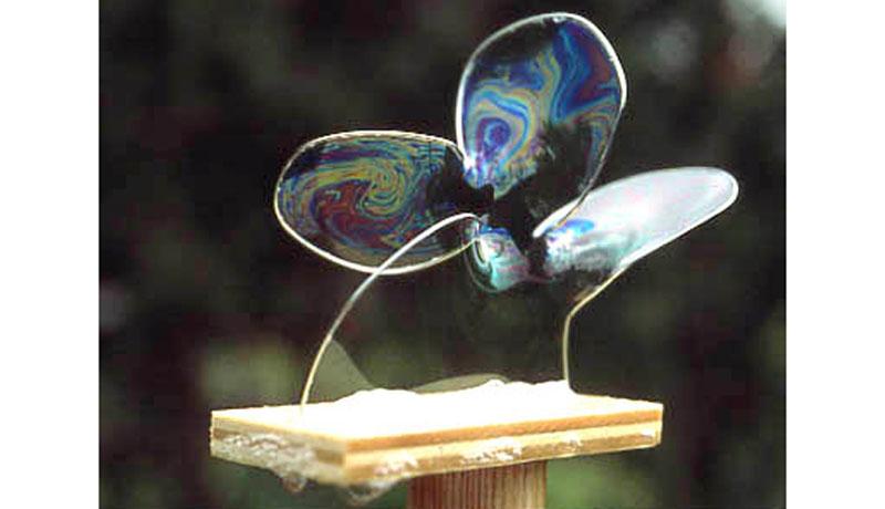 Selbst gemixte Seifenlauge : Seifenblasenkunst 5