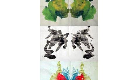 Spiegelbilder mit der Klapp-Technik: Gefaltete Kleckse 4