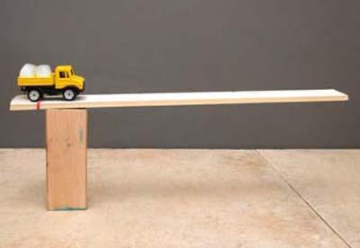 Spielzeugauto als Versuchsobjekt: Eiskalte Fracht 2