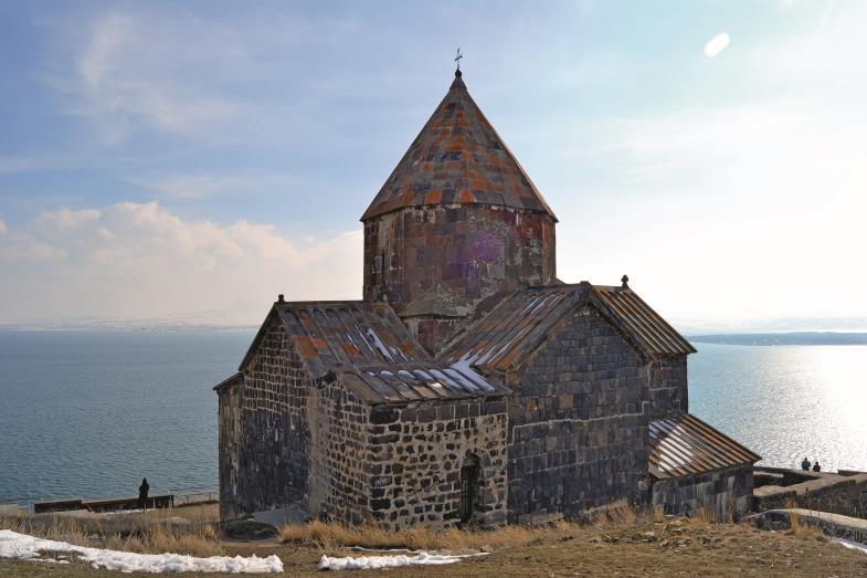 Der Sevansee mit dem alten Klosterkomplex soll einmal Touristen anlocken.
