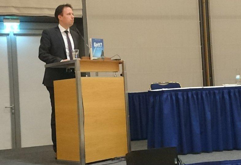 Michael Seewald beim Vortrag