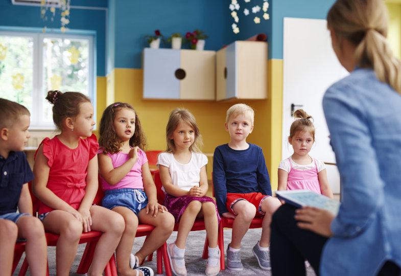 Stuhlkreisspiele im Kindergarten