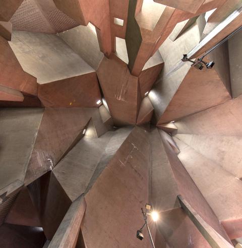 Blick in die Kuppel der Wallfahrtskirche in Neviges