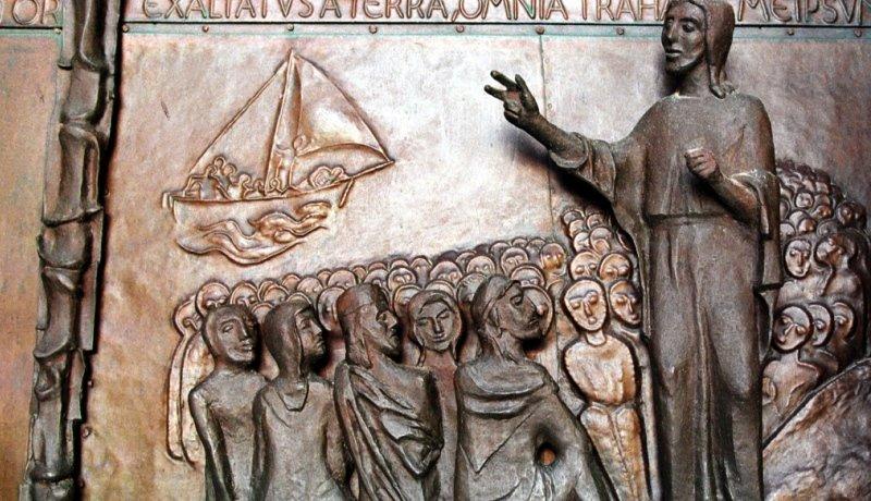 Jesus bei der Bergpredigt