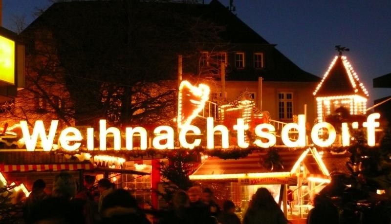 Weihnachtsmarkt - Geschäft mit der Adventszeit
