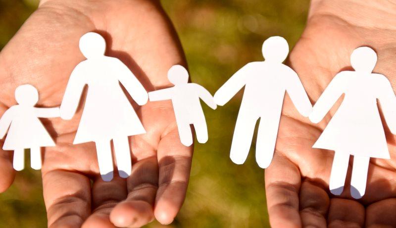 Väter, Mütter, Kinder - Amoris Laetita bringt keine grundlegende Änderung der kirchlichen Morallehre