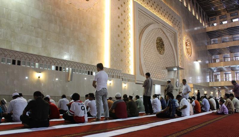 Gebet in einer Moschee