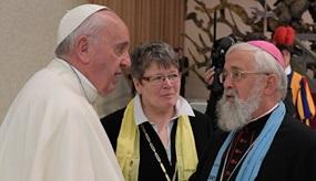 Bischof Feige mit Papst Franziksus