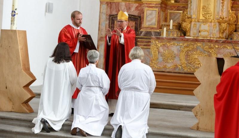 Diakoninnenweihe bei den Altkatholiken