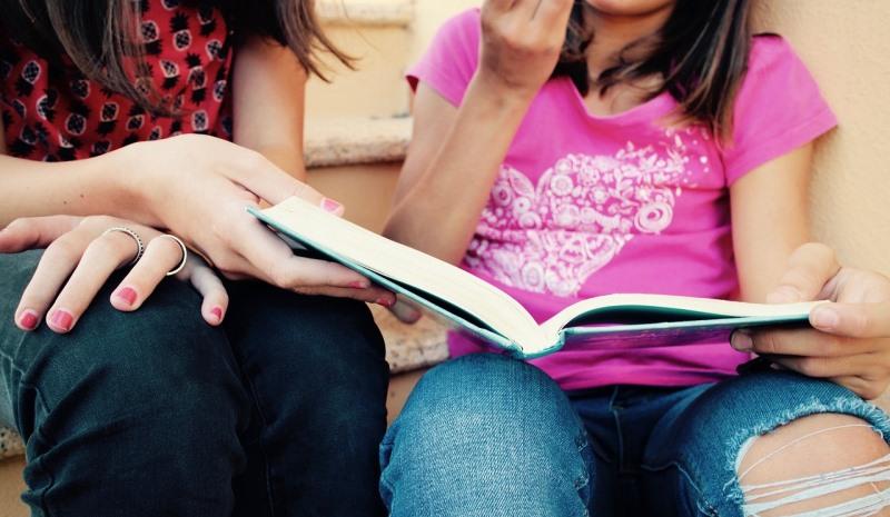 Mädchen lernen
