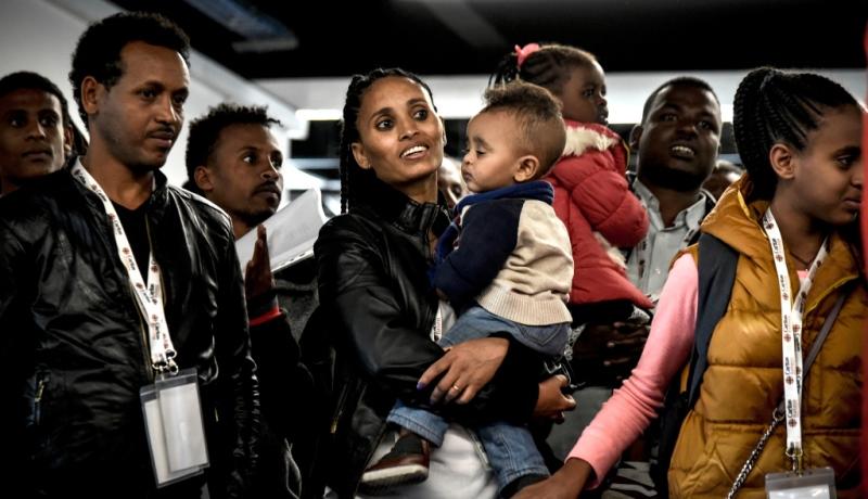 Flüchtlinge bei ihrer Ankunft im Zielland