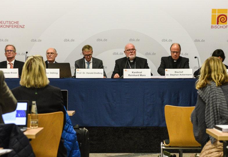 Pressekonferenz der Deutschen Bischofskonferenz (DBK) am 25. September 2018 in Fulda zur Vorstellung der Studie