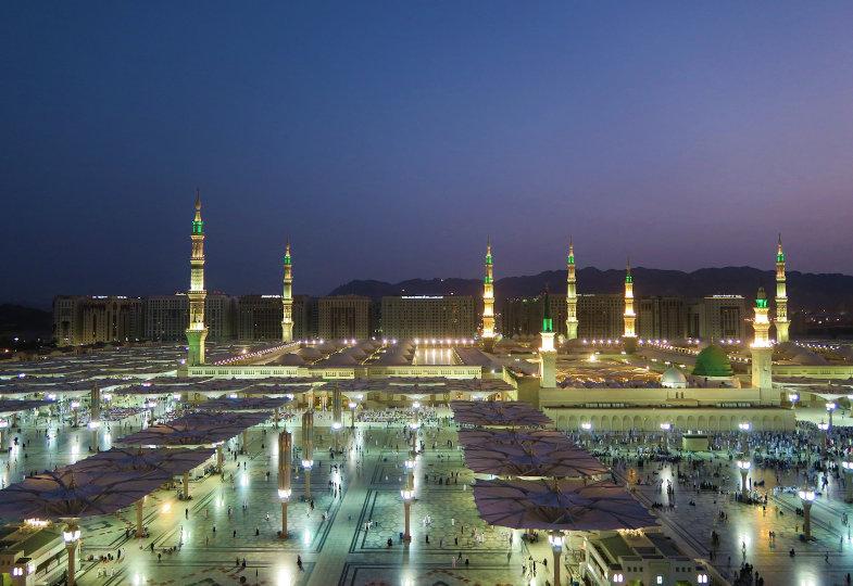 Blick auf die Prophetenmoschee in Medina, Saudi-Arabien