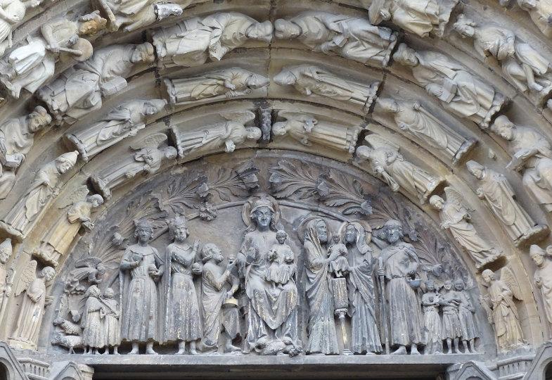 Relief an der Liebfrauenkirche in Trier