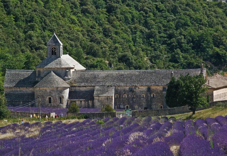 Frankreich: Kirche im Umbruch