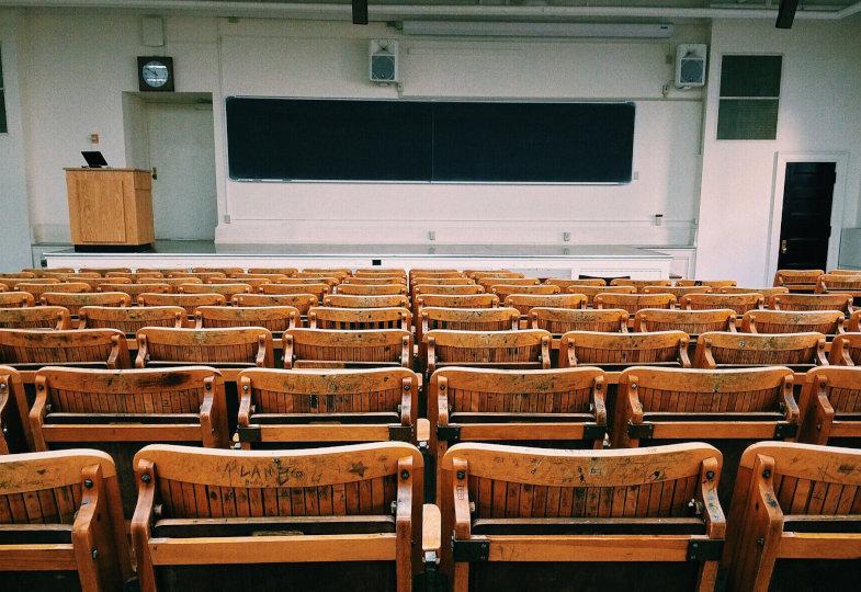 Was für die katholisch-theologischen Fakultäten auf dem Spiel steht