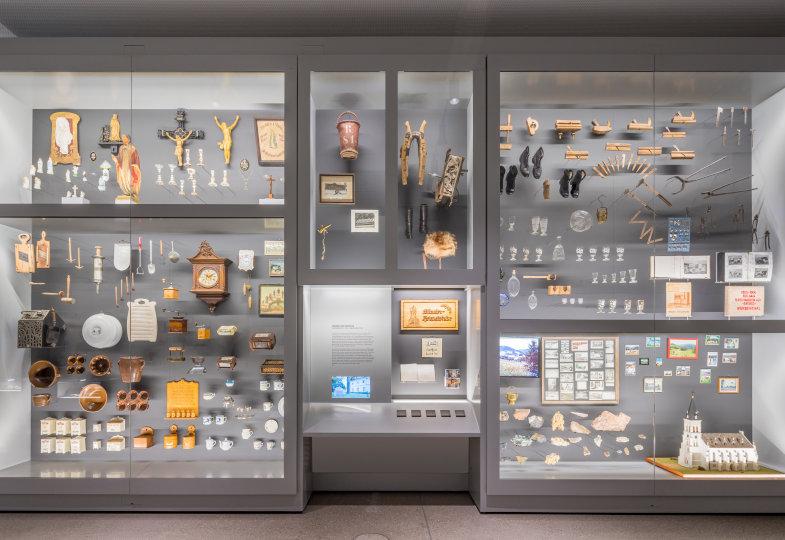 Gegenstände aus einer sudetendeutschen Heimatstube