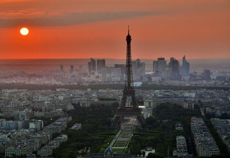 Paris und der Eiffelturm