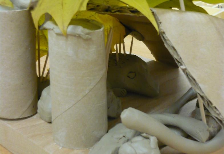 Mit Ton und Knoblauchpresse: Ein Haus für Igel