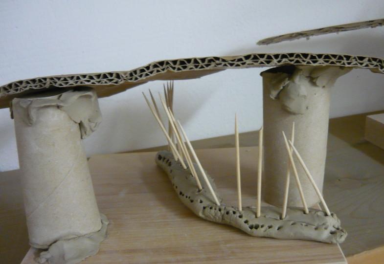 Mit Ton und Knoblauchpresse: Eine Wohnstätte für Schlangen