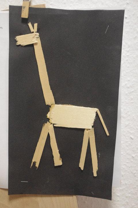 Kreative Idee mit Obstkisten: Giraffe