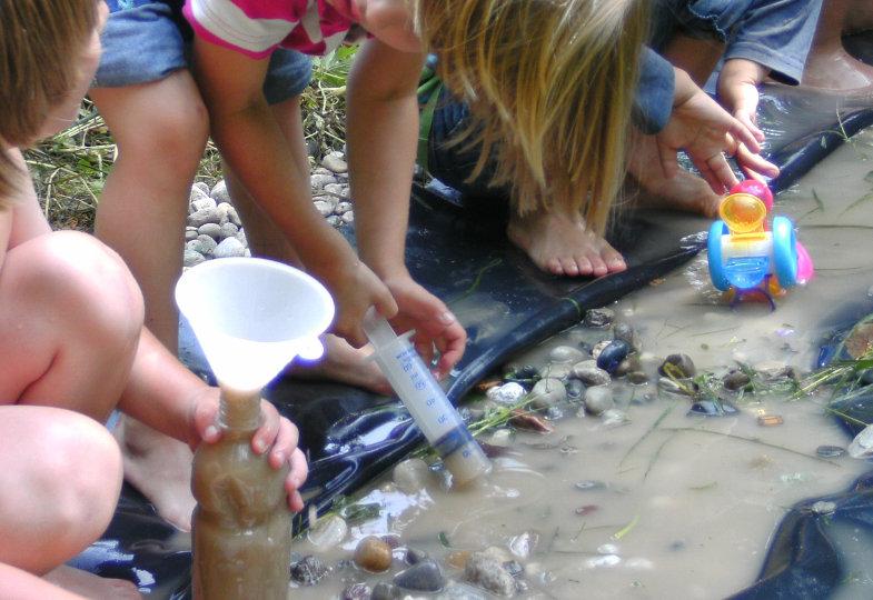 Eine kreative Idee mit Wasser: Wasserläufe