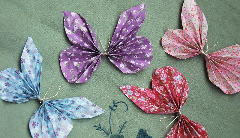 Schmetterlinge aus Papier