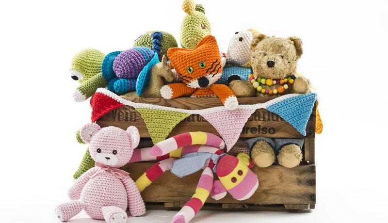 Ein Spielfest mit Puppen und Kuscheltieren: Teddy- und Puppenparty