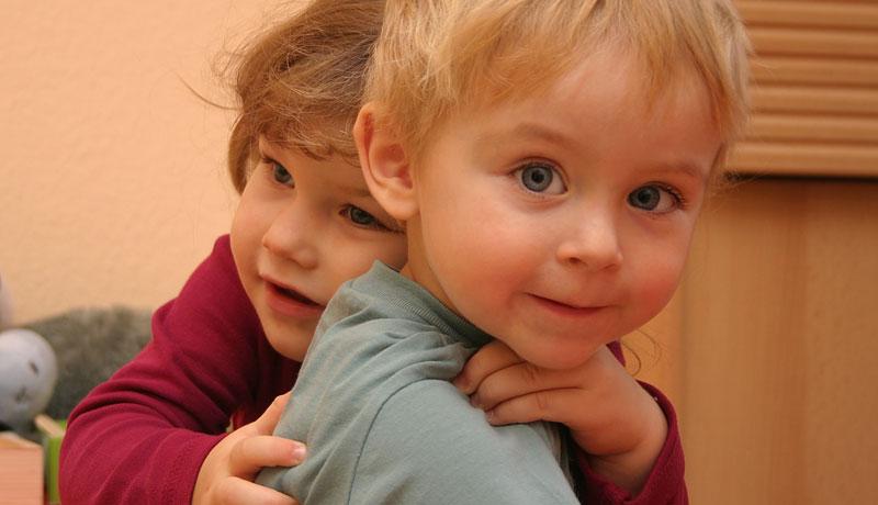 Freundschaft unter Kindern: Liebe, Streit und Geheimnisse