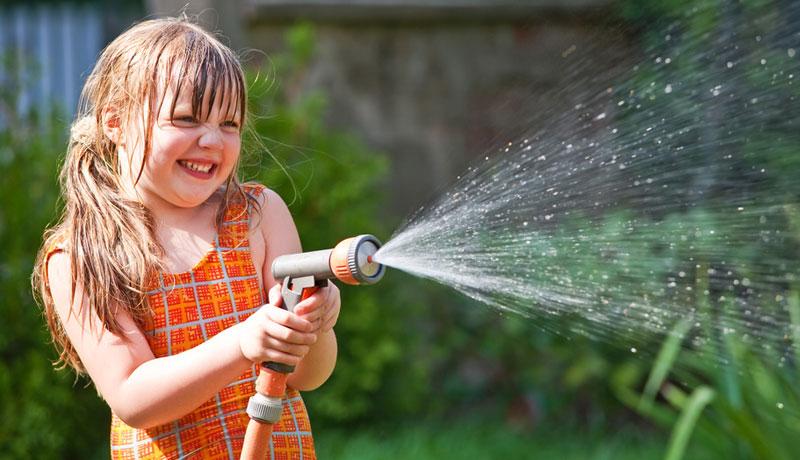 Geburtstag feiern im Hochsommer: Wasserfest
