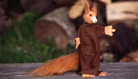 Handpuppe aus Filz: Niedliches Eichhörnchen