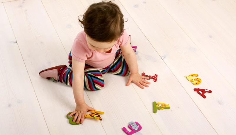 Kinder erobern sich Sprache: Wie Eltern sie dabei fördern können