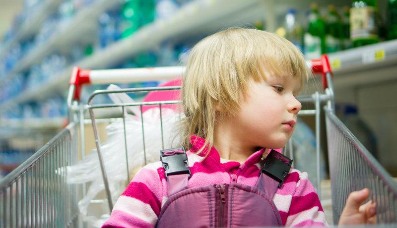 Kinder im Supermarkt: Ich will das aber haben