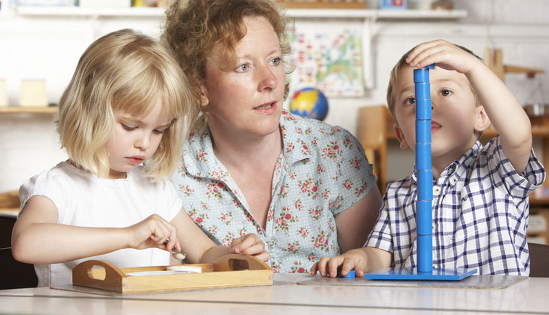 Montessori-Pädagogik:  Die Eigenkräfte des Kindes fördern