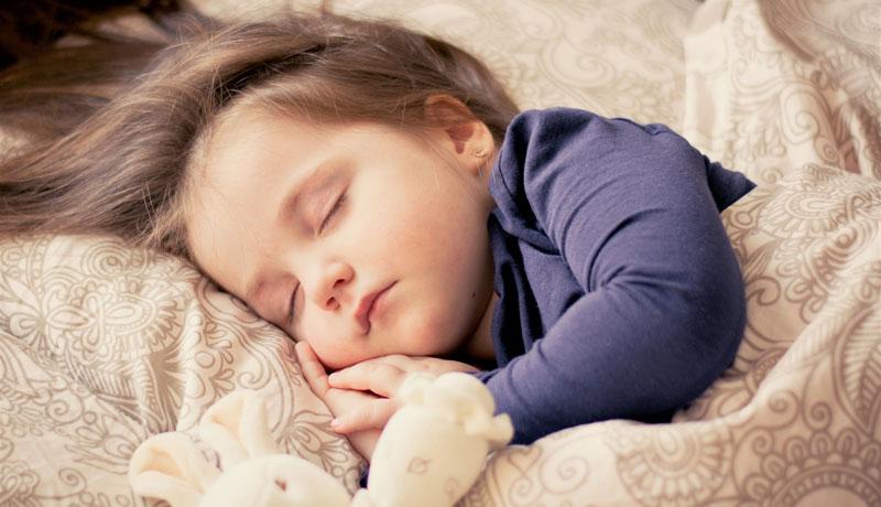 So helfen Sie Ihrem Kind in den Schlaf: Rituale für eine gute Nacht