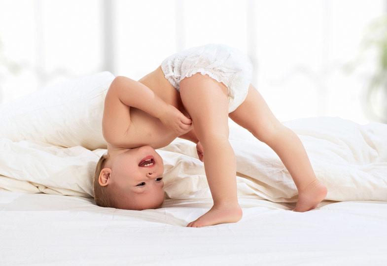 Zarte Babyhaut braucht gute Pflege
