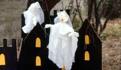 Tanzende Marionetten: Gruselige Gespenster